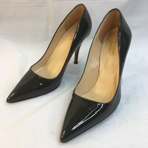 """Kate Spade Gray Patent leather 4"""" heel size 6 B"""